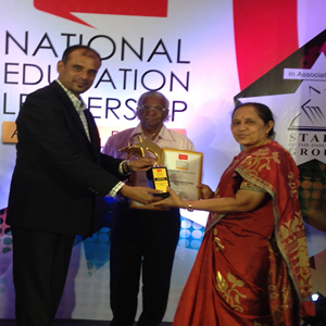 Dr.Sita, Former Dean, School of Management Studies, UoH received Best B-School award in south India.